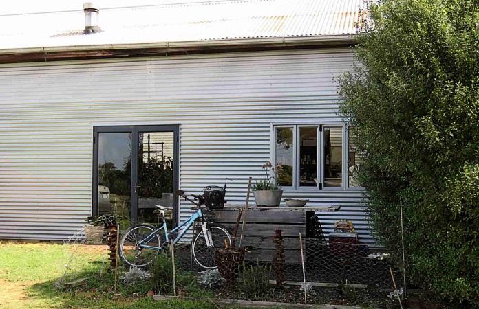 Fi Wilkie's studio at Toot Farm