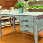 HOW TO CREATE A FUNKY ART TABLE WITH CHALK PAINT